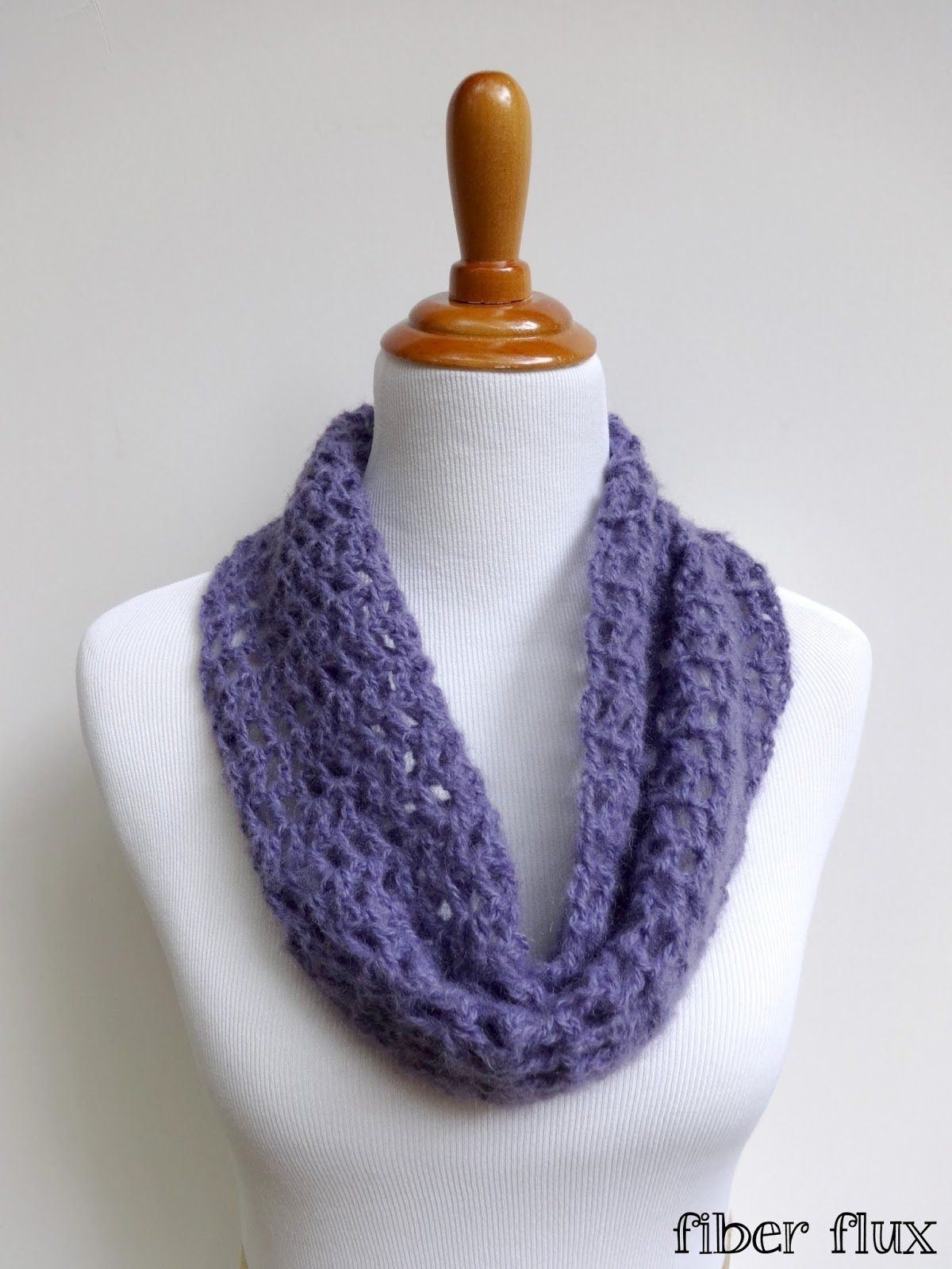 Episode 124: How To Crochet the Caterina Cowl | Crochet scarfs ...