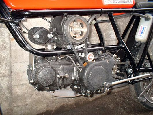 Supercharger mounted on Honda 50cc engine