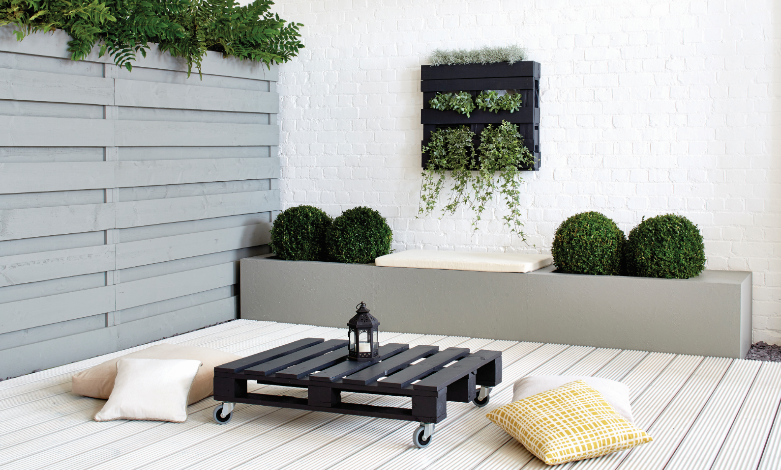 Ronseal Garden Paint: Daisy Slate Blackbird   Ideas for the House ...