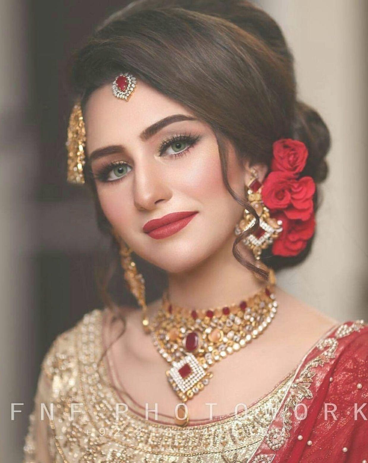 Latest Pakistani Hairstyle For Barat Function Muslim Bridal Dutch Hairs B Bridal Hairdo Pakistani Bridal Hairstyles Pakistani Wedding Hairstyles