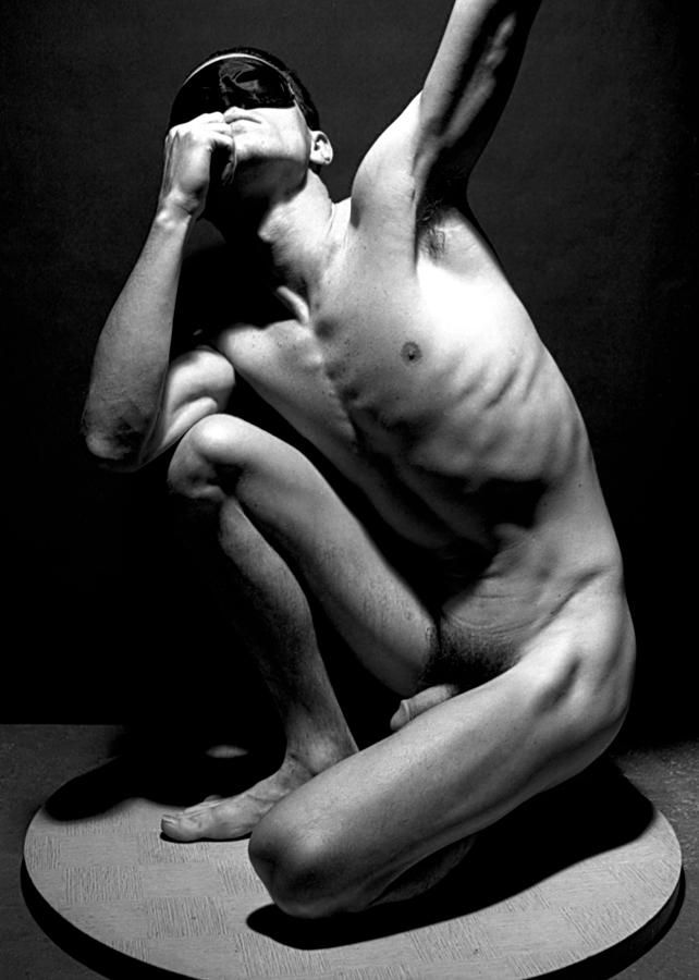male dc Nude model washington