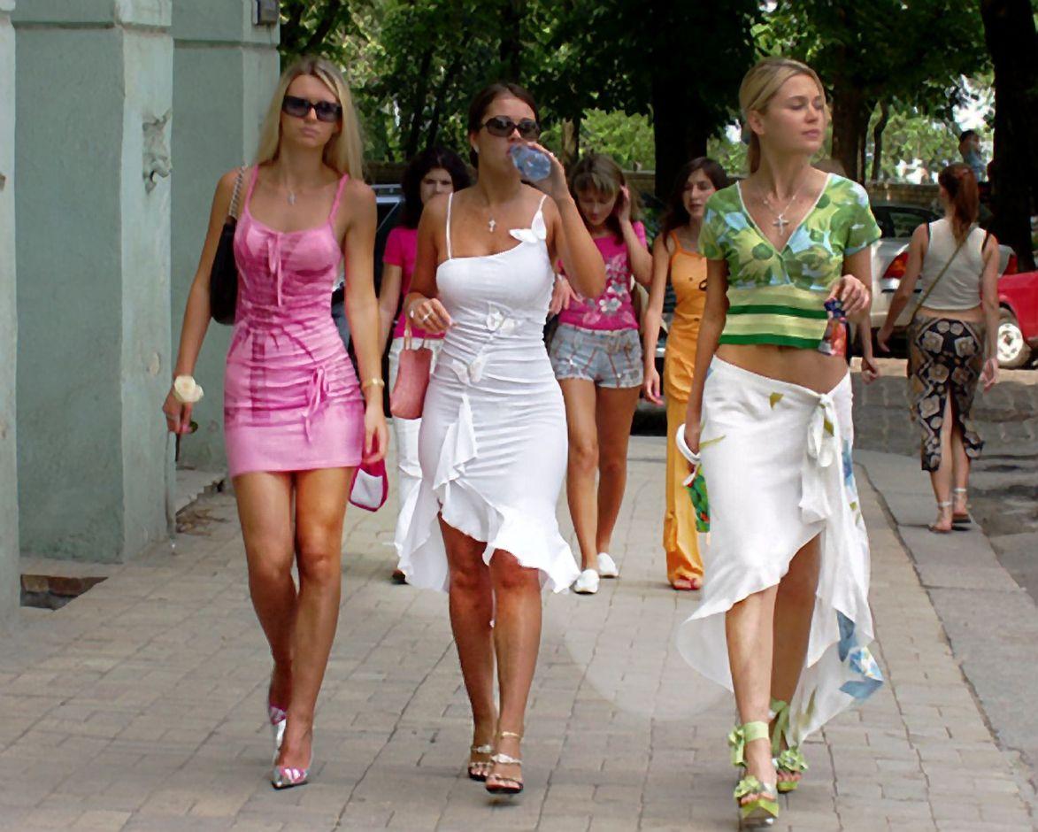 Letonia girls