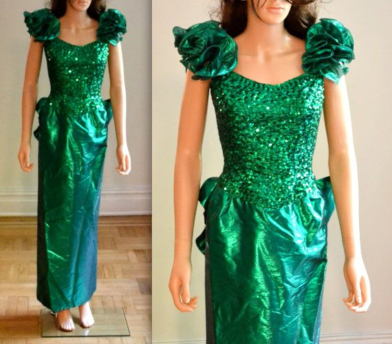ede7ac96d9b Green Metallic 80s Prom Dress SizeSmall   Green by Hookedonhoney  Vintage   80spromdress  80sprom  sequindress  gogreen  80svintage  80spartydress ...