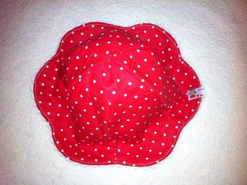 Sommer  Wende  Hut ♥ Mütze ♥ Punkte ♥ Rotkäppchen von Petits moments auf DaWanda.com