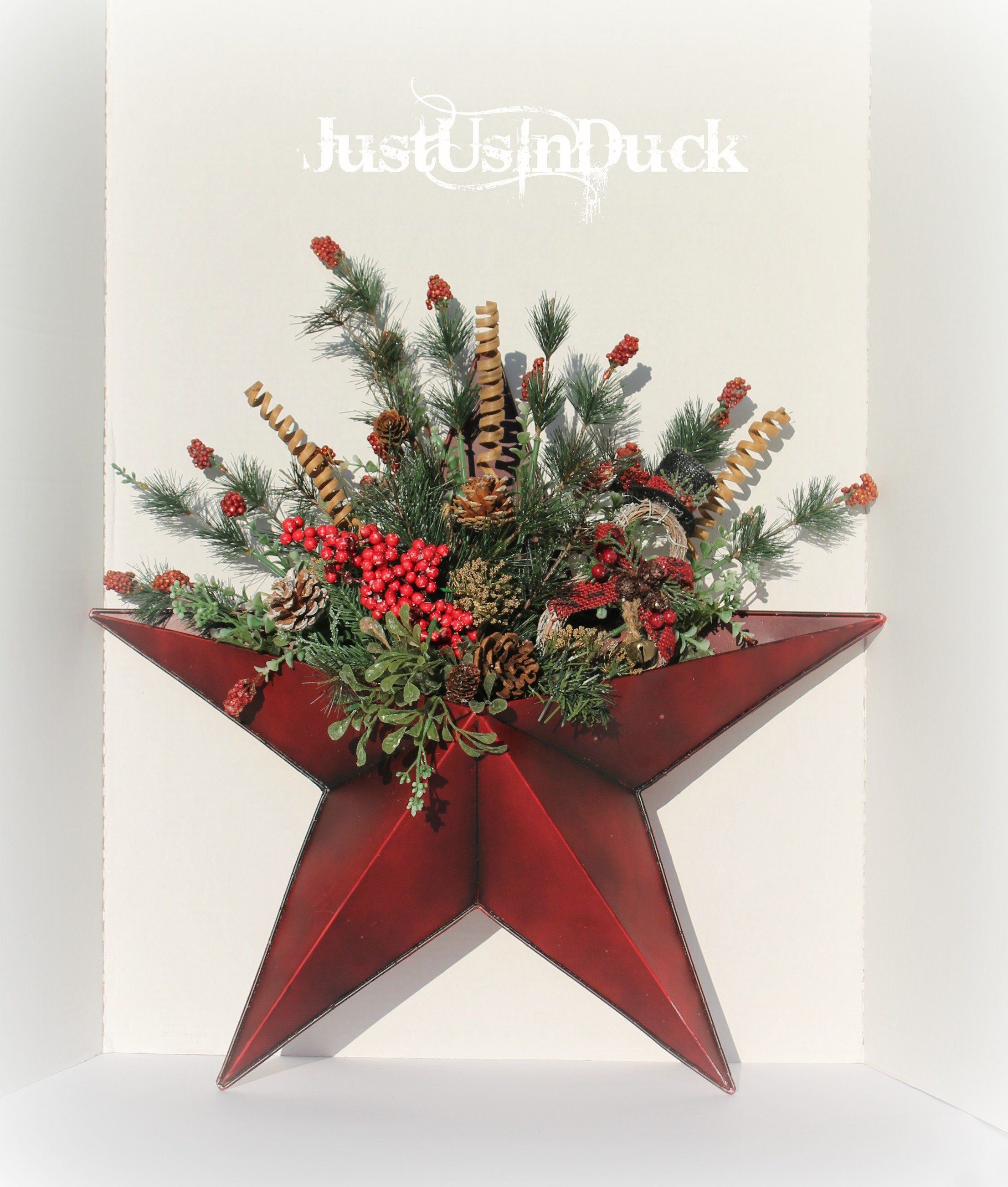 Wall Hanger Star Wreath Large Metal