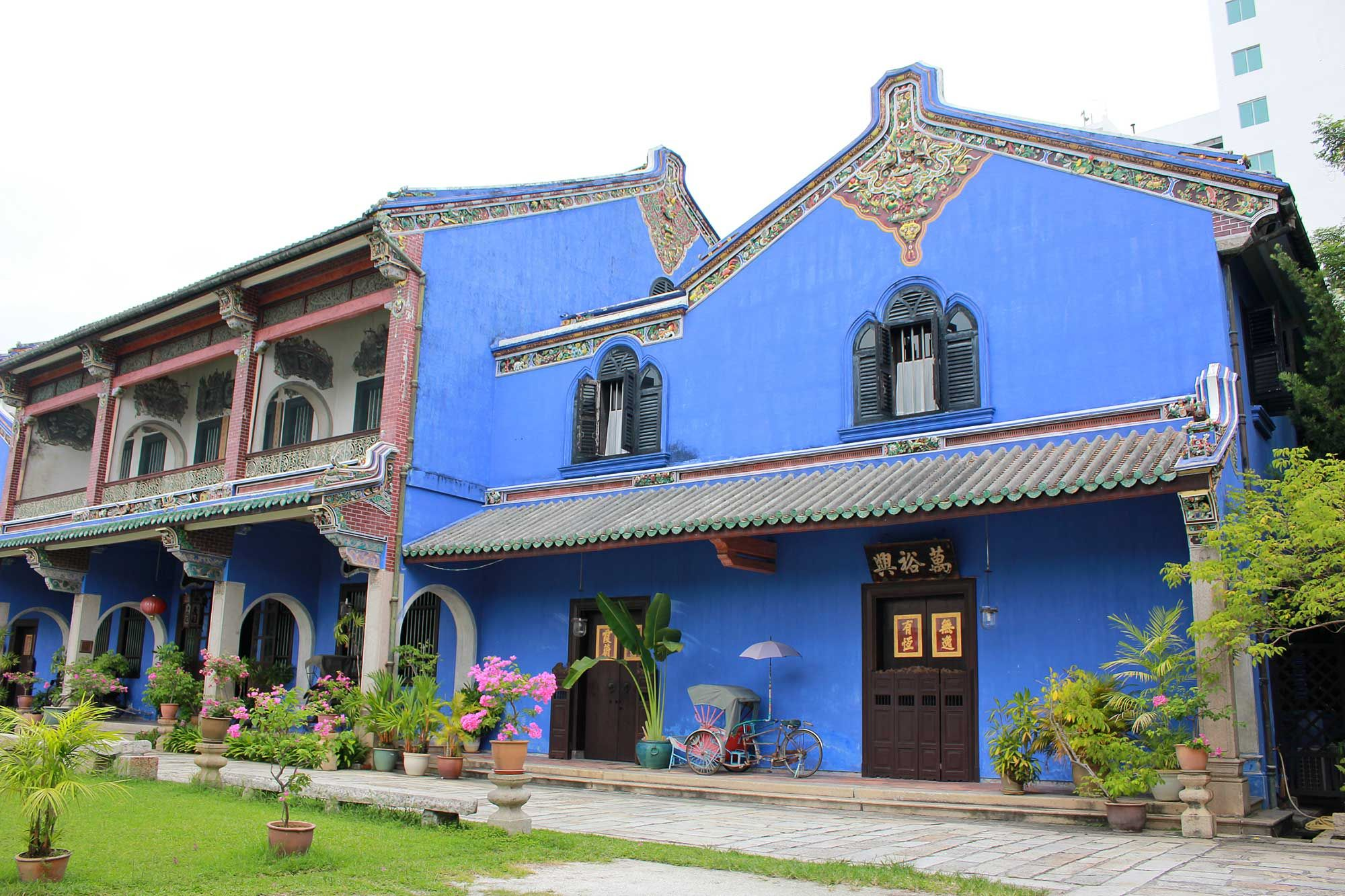 A Story of Wives and Fengshui behind this Blue Mansion in