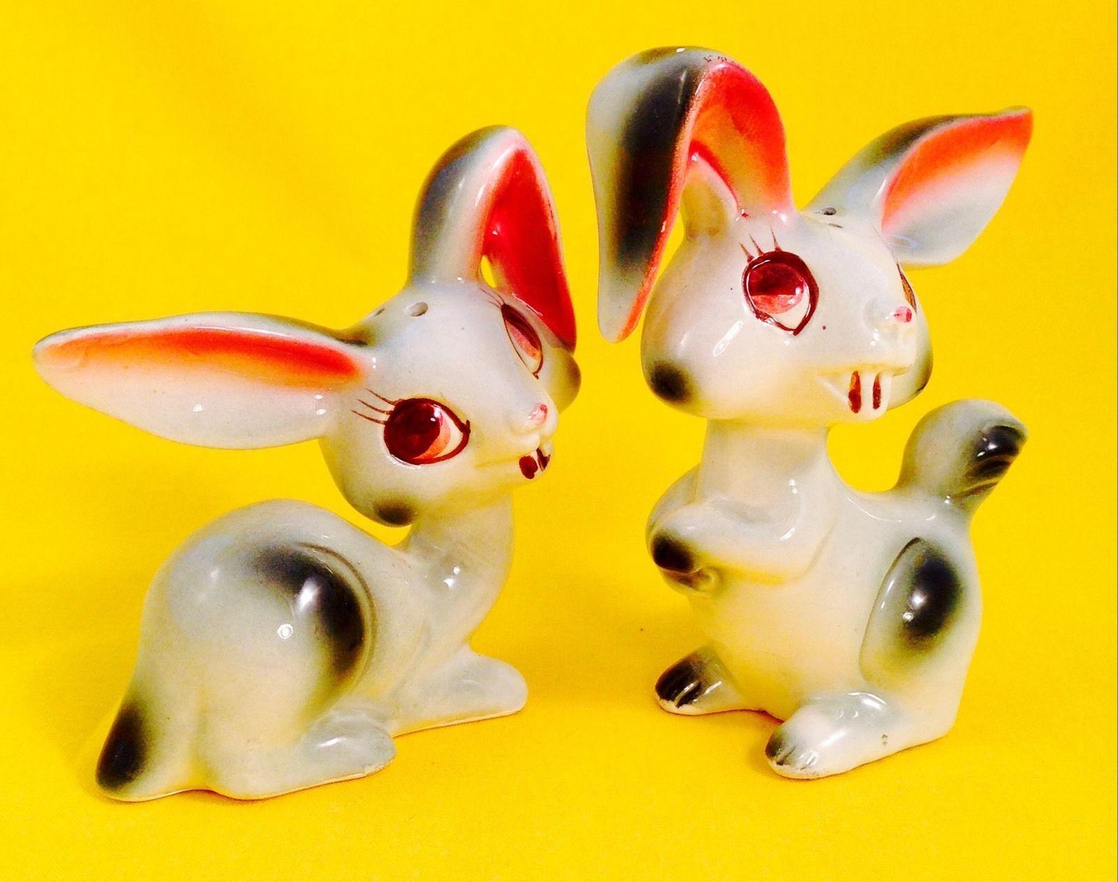 Bunnicula Vampire Cute Bunny Rabbit Vintage Salt and Pepper Shakers Japan - Fun! | eBay
