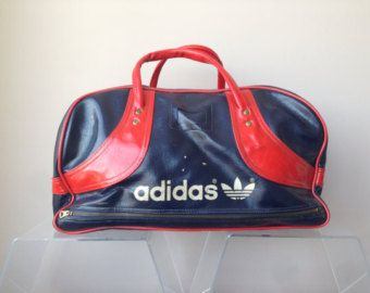 adidas vintage Boston bag 80 s Red x Navy adidas vintage Boston bag red  black 2971ee903c47e