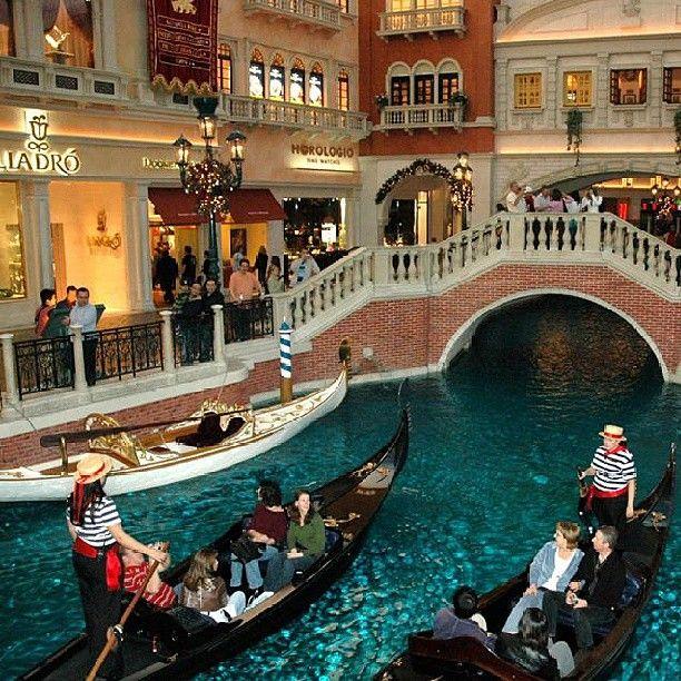 Resort & Casino Las vegas shopping, Las vegas