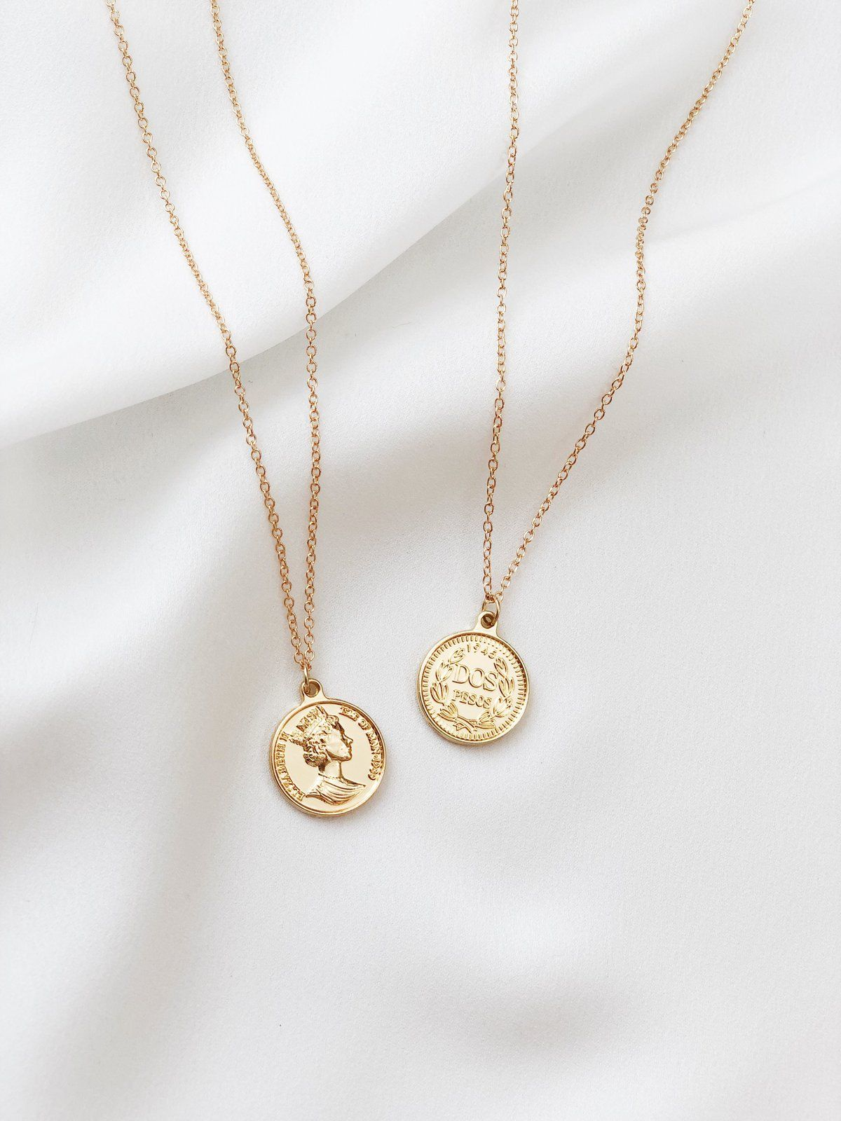 DETAILS SIZING & CARE A Two-faced pendant to suit your mood. An everyday necklace that you need! - Gold-plated alloy FIT- Very AdjustableCARE - Keep jewelry dry at all times, always avoid contact with chemicals.
