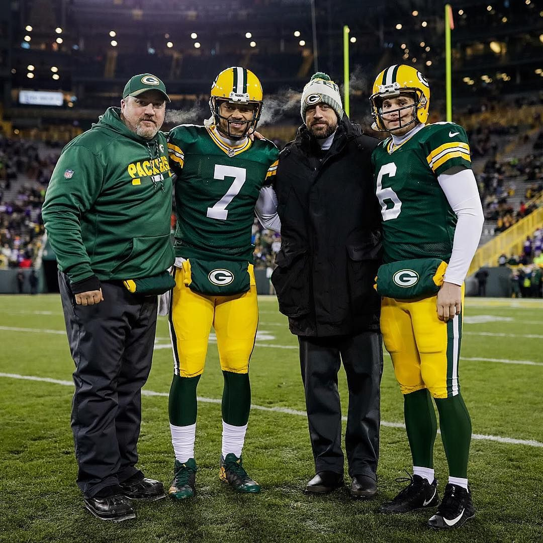 5 449 Likes 38 Comments Green Bay Packers Packers On Instagram The Qbs Pregame Minvsgb Gopackgo Green Bay Packers Packers Green Bay