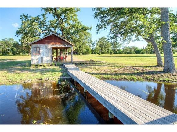 530 Justice RD, West Point, TX, 78963 - MLS# 6757493 - Estately