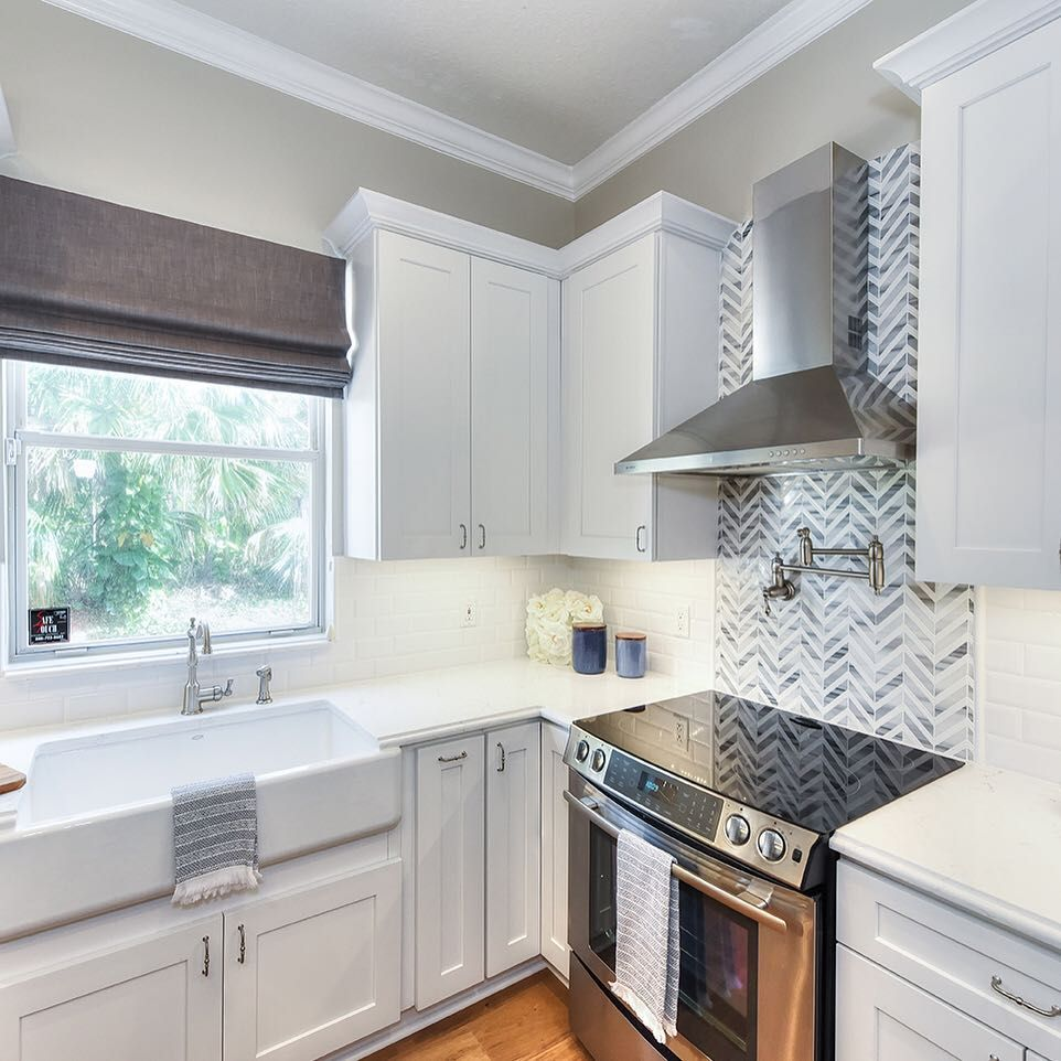 combining a feature tile with a field tile surround creates the perfect balance of understate on kitchen interior tiles id=29009