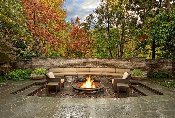 gartendesign patio landschaft feuerstelle gartenmöbel sitzecke, Terrassen ideen