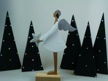 Engel mit Stern - Weihnachtsfigur - Holzfigur