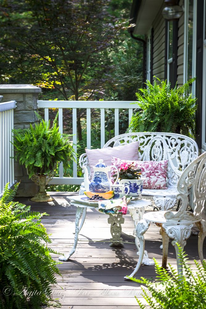 10 Favorite Porches Ready For Spring In 2020 Beautiful Homes