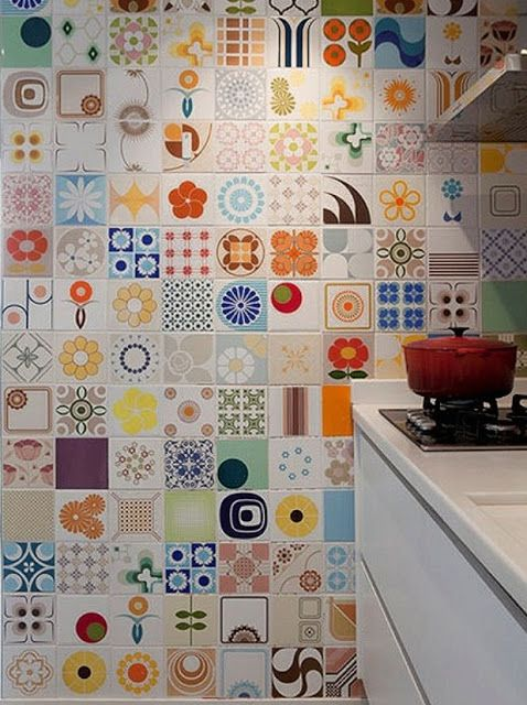 I'd love to get my hands on some of these super simple 70's style tiles from Brazil!