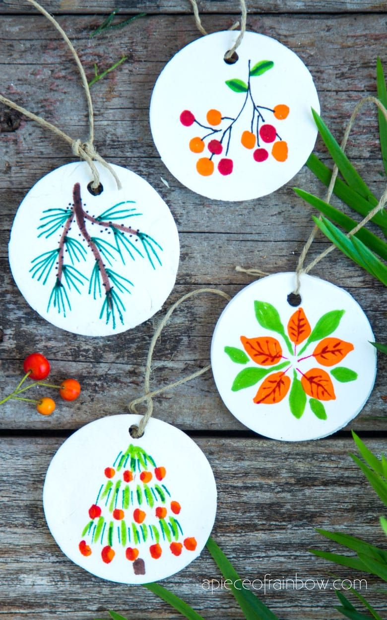 Beautiful Diy Air Dry Clay And Salt Dough Christmas Ornaments Using Nature Finds Clay Christmas Decorations Clay Crafts For Kids Salt Dough Christmas Ornaments