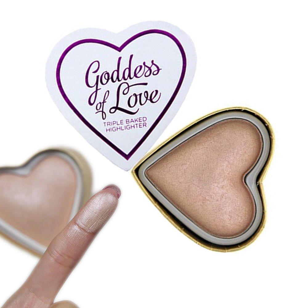 I Heart Makeup Makeup Revolution Blushing Hearts Highlighter Goddess of Love