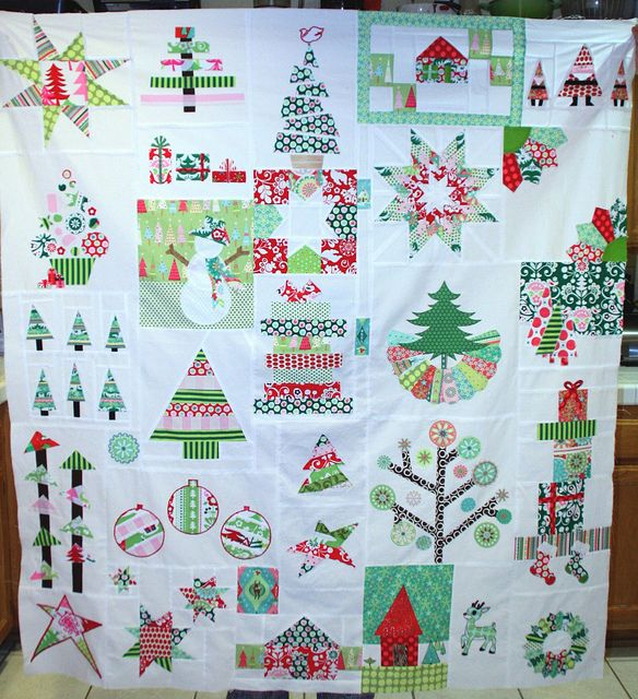 Fresh Modern Bee Christmas Quilt, via Flickr. just love this one....