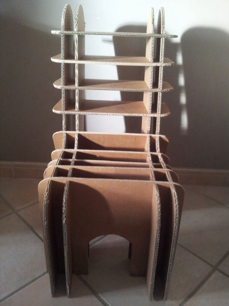 chaise enfant en carton les cartons de corinne meubles en carton cart o arte pinterest. Black Bedroom Furniture Sets. Home Design Ideas