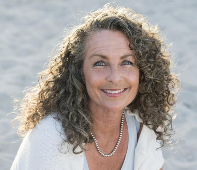 15 Things Older Women Should Know About Hair | Curly hairstyles ...