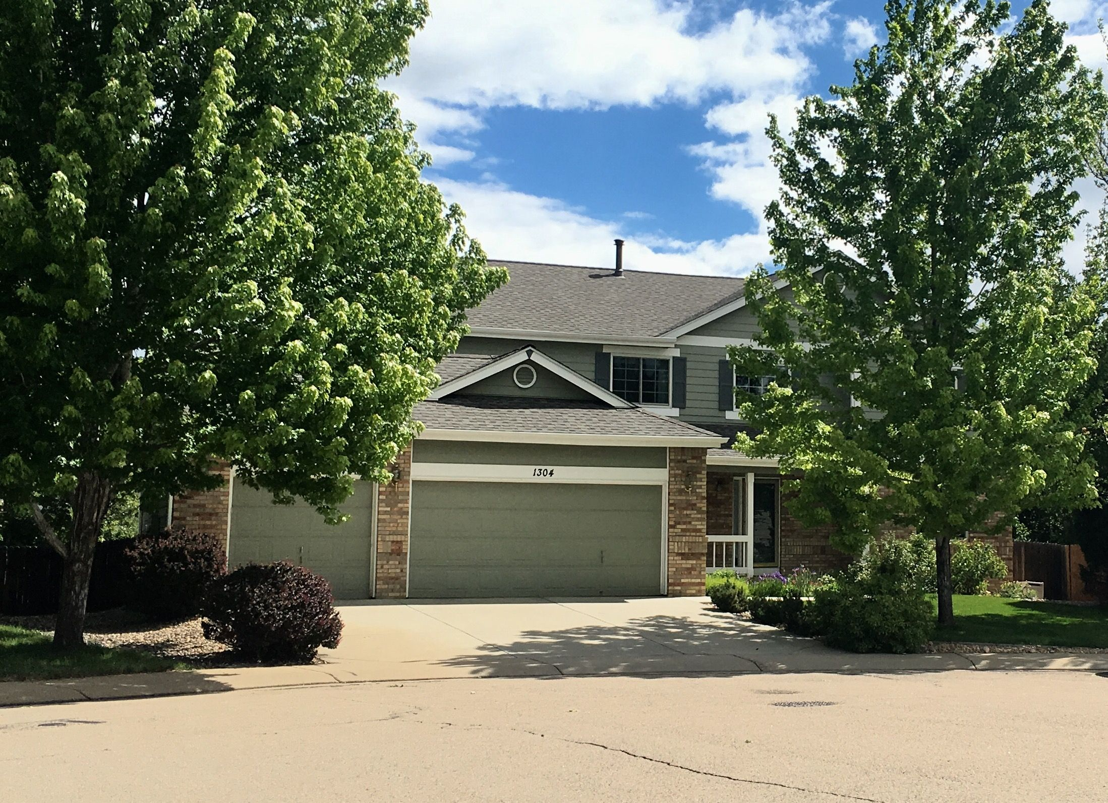 Best This Home In Longmont Has Weathered Wood Shingles 400 x 300