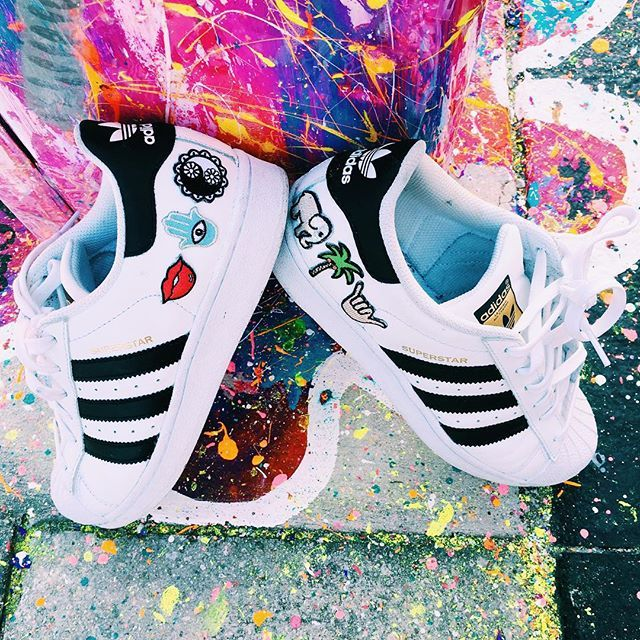 perfect weekend DIY and so easy to do! custom adidas and