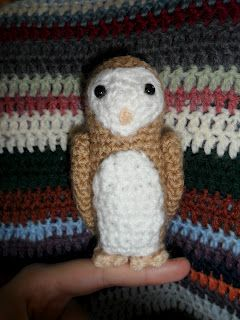 The Smiling Robot: Free Titus the Barn Owl Pattern