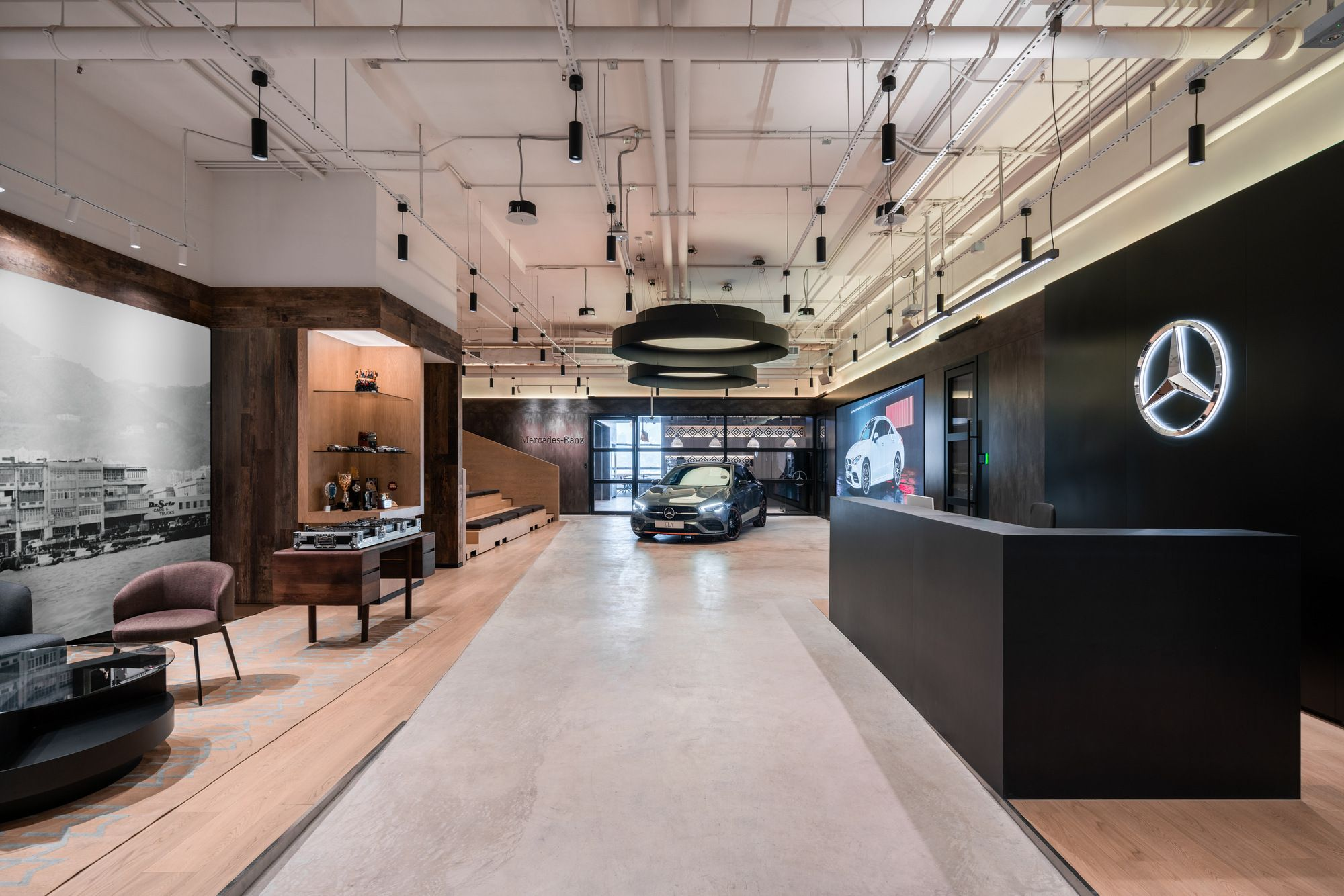 Mercedes Benz Offices Hong Kong Office Snapshots Car Showroom Design Car Showroom Interior Car Showroom Architecture