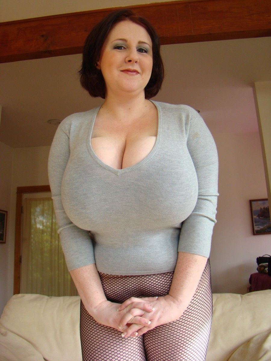 Perfect milf thickness 2