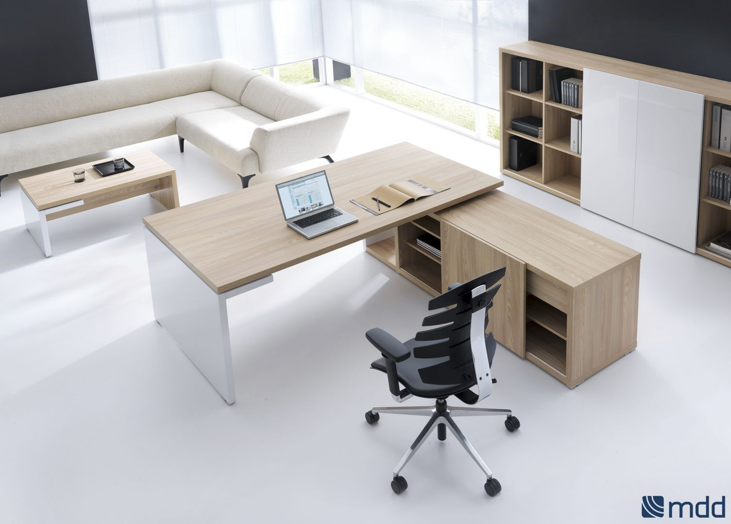 Executive Office Furniture: Executive Desk / Contemporary / Wood Veneer / Commercial