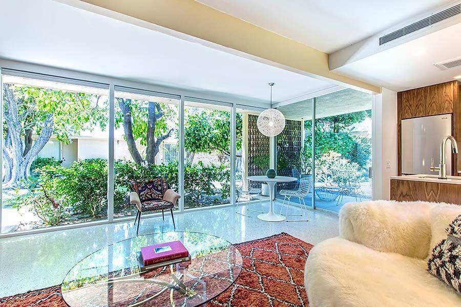 Immaculate Racquet Club Garden Villas Studio Mid Century Modern