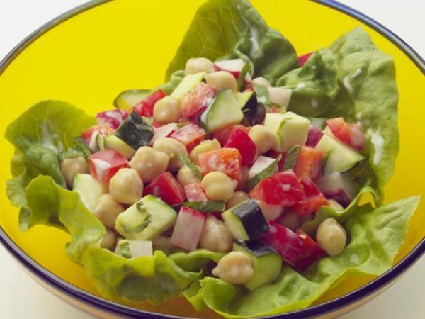Greek Diner Salad Recipe | http://aol.it/1yX20cK