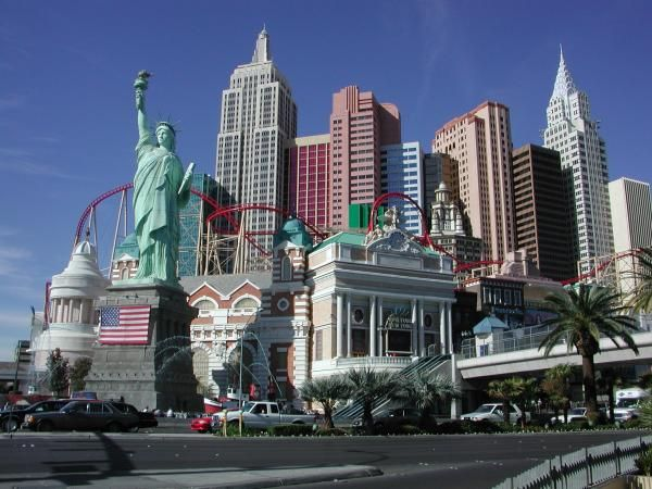 New York Hotel And In Las Vegas Nevada Amenities Include