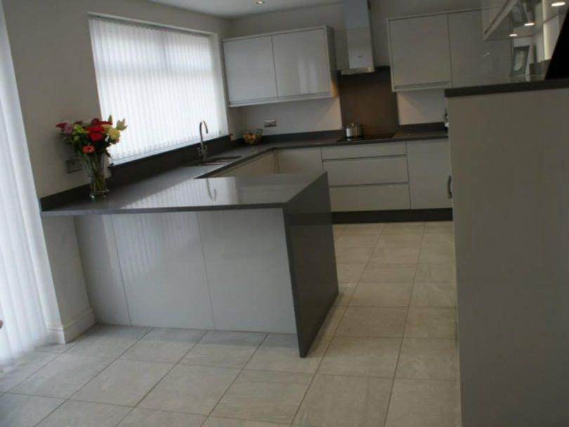 Best Working Area Layout 3 Purple Kitchen 400 x 300