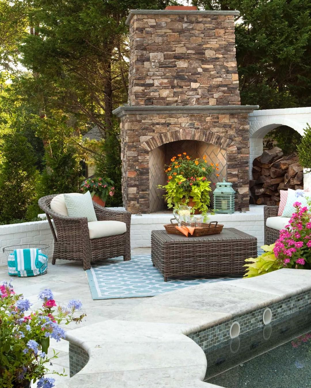 Awesome Small Backyard Patio Design Ideas 01 | Backyard ... on Garden Patio Designs And Layouts id=47220