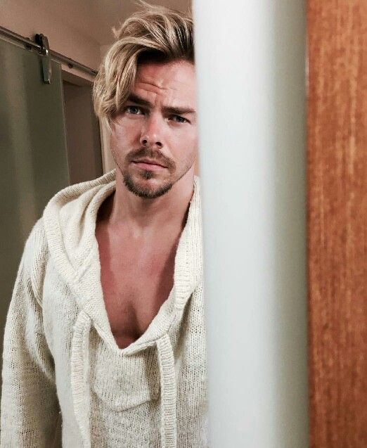 Oh Sweet Lord Derek Hough Dancing With The Stars Man Crush