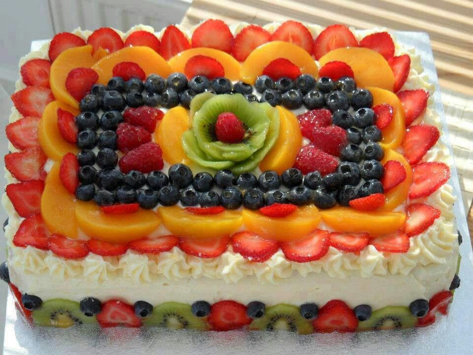 Cake decorated with fruits