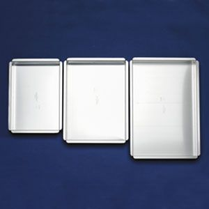 1/4 sheet cake= 9x13 cake pan 1/2 sheet cake= 11x15 or 12x16 pan ...