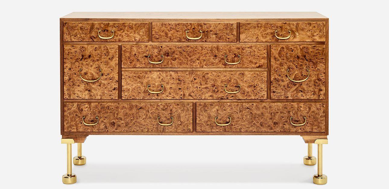 Svenskt Tenn Byrå 2170 Almrot Furniture, Furniture shop