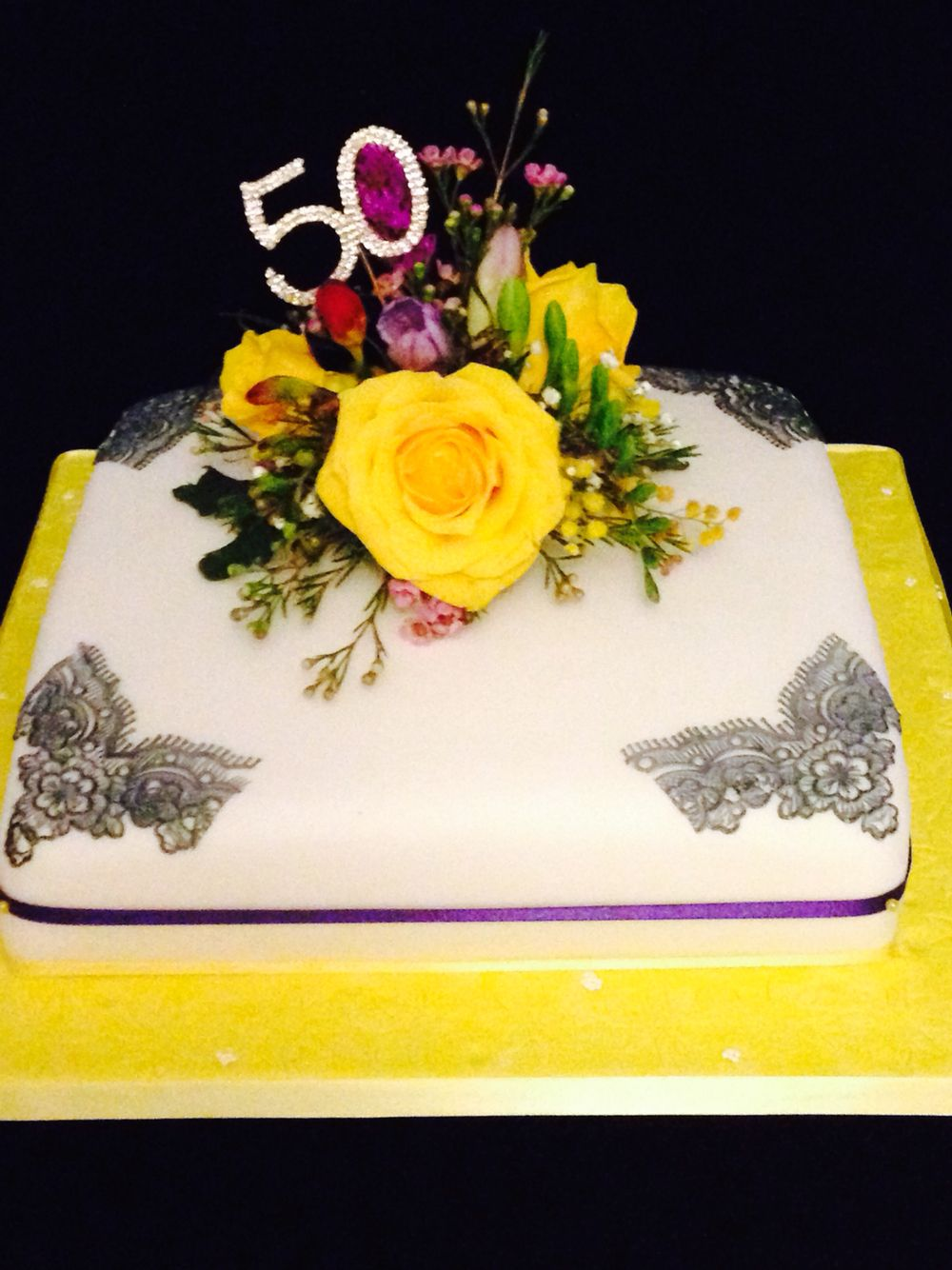 50th birthday cake displaying a beautiful bouquet of flowers simple 50th birthday cake displaying a beautiful bouquet of flowers simple but elegant izmirmasajfo