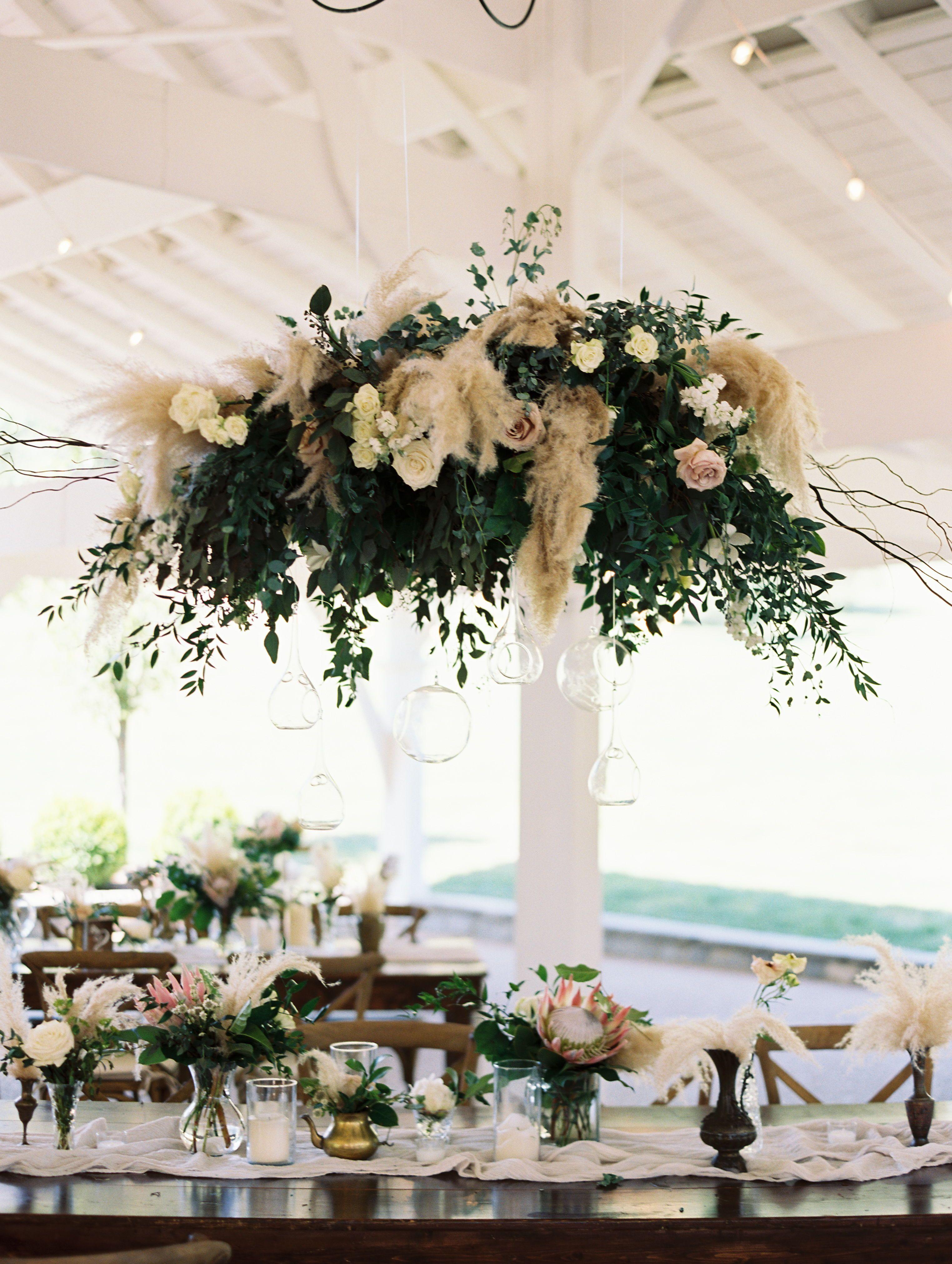 Romantic Floral Decorations for Reception Tables