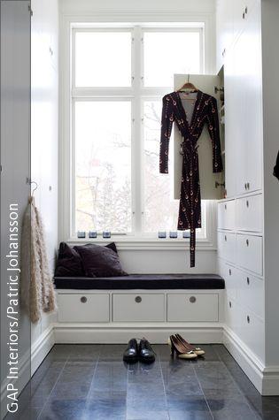 Cool Begehbarer Kleiderschrank mit Sitzbank