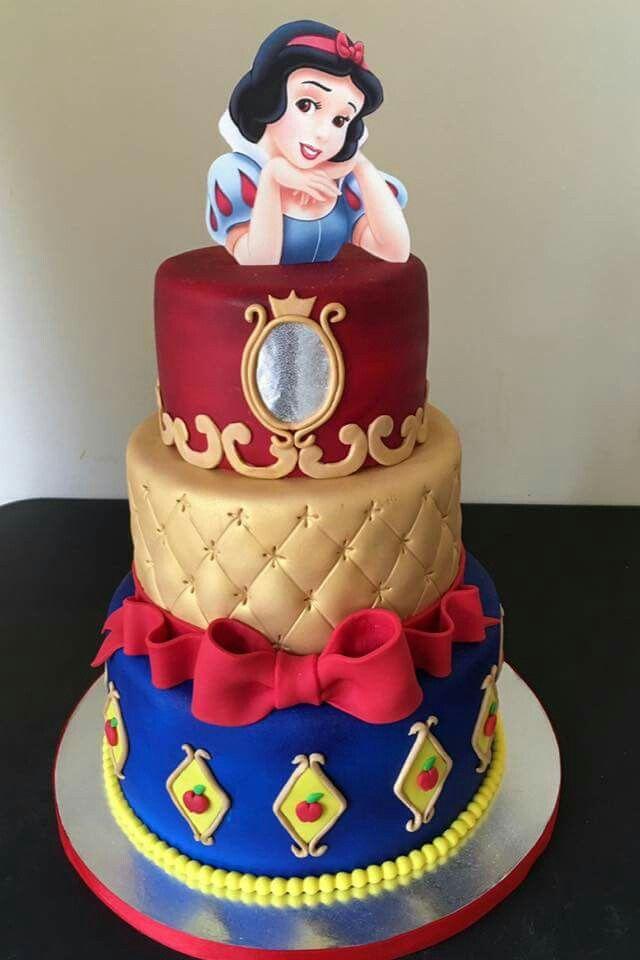 Astonishing Snow White Snow White Birthday White Birthday Cakes Snow White Funny Birthday Cards Online Alyptdamsfinfo