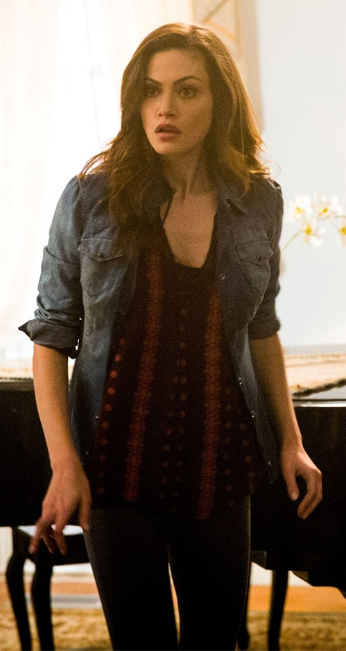 Hayley Marshall wore an Anthropologie Neve Peasant Top on The Originals. Shop it: http://www.pradux.com/anthropologie-neve-peasant-top-28281?q=s49