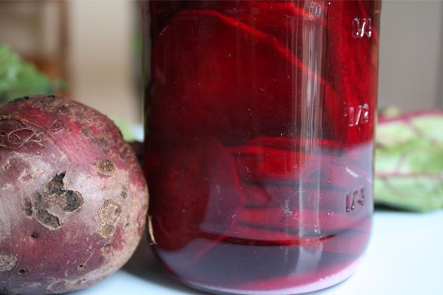5 Steps to End Your Sugar Addiction + Fermented Beet Recipe