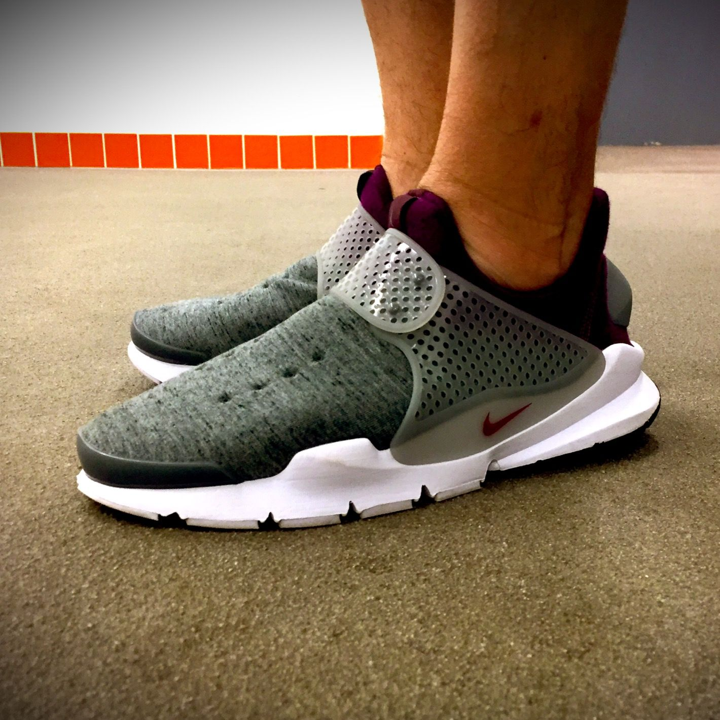 sports shoes 3718f e0946 Nike Sock Dart Tech Fleece