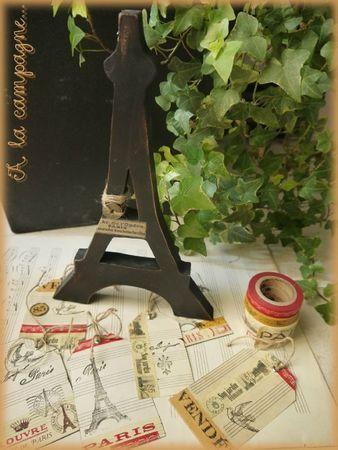 tour Eiffel en bois chantourné