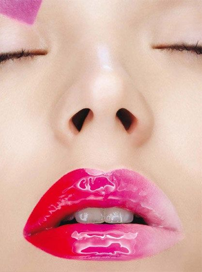 Super Glossy Ombre Lips We Want To Try This Lips Inspiration